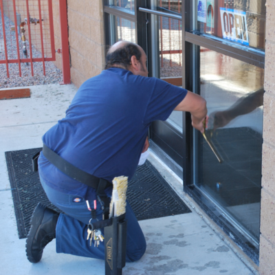 RW Cleaning LLC cleans windows